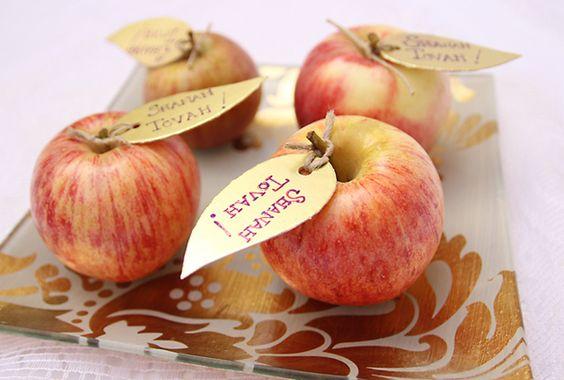 Shanah Tova apple decor