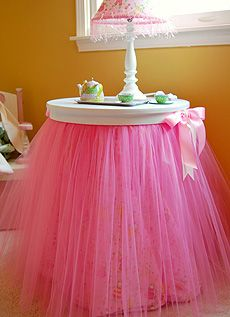 Tutu table decor