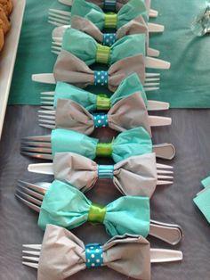 Bow napkin rings