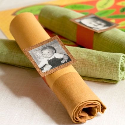 Picture napkin rings