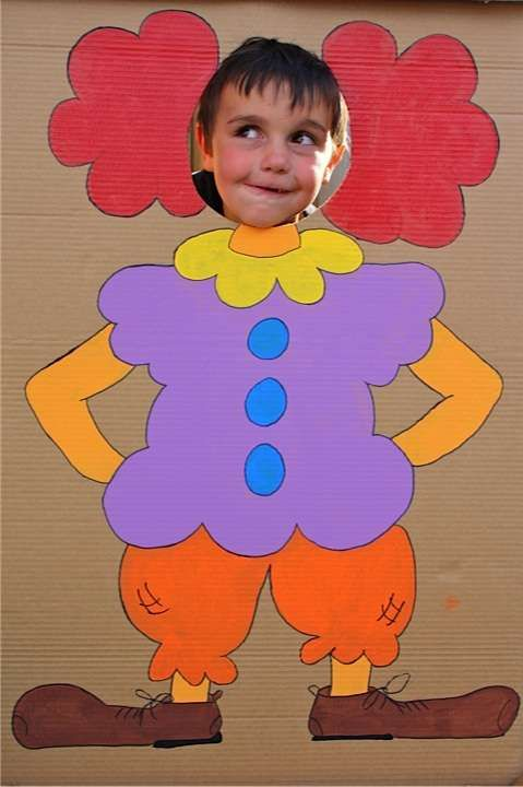 Clown for Purim parties and carnivals