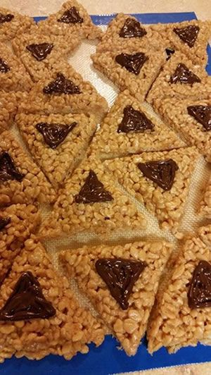Rice krispies hamantach treats