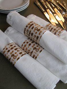 Matzah napking rings