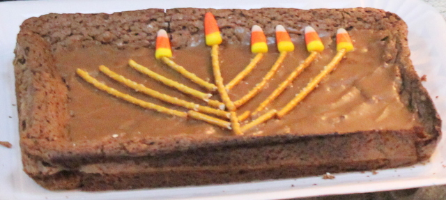 Chanukah cake (pretzels and candy corn)