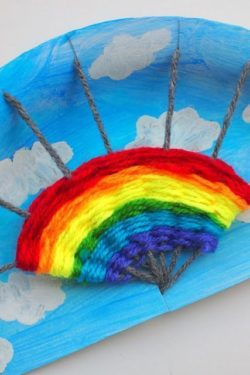 Parashat Noach rainbow craft