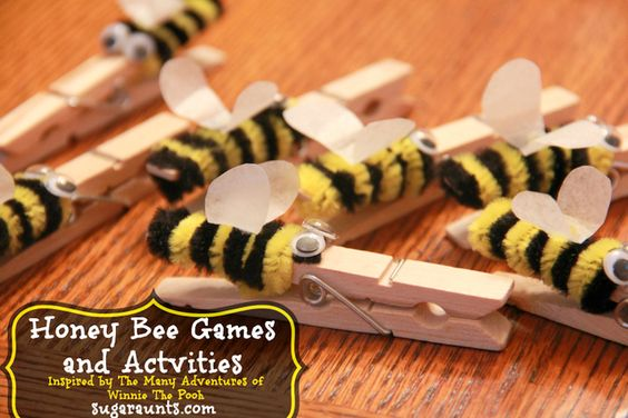 Pipe cleaners bee cloth pins